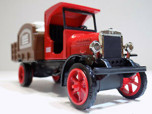 ERTL #F326 1925 Kenworth Sack Delivery Truck AGWAY  #10 Edition  NOS