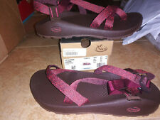 NEW $100 Mens Chaco Z2 Classic Sandals, size 13          shoes