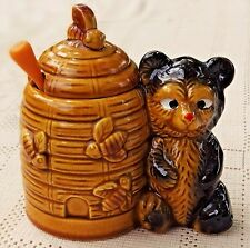 VINTAGE 1950's PORCELAIN HONEYBEAR & BEE HIVE HONEY JAR W/ HONEY DRIPPER - JAPAN