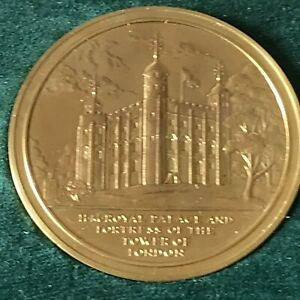 Rare Royal Mint Royal Palace & Fortress Of The Tower Of London Bronze Medallion
