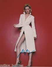 Elizabeth Banks Autographed Signed 8x10 Photo COA