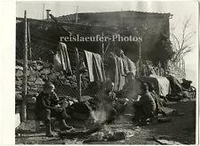 Erdbebenopfer in Griechenland, Original-Photo von 1966