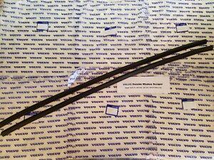"""Volvo 142 67-74 & 242 76-84 - 262 76-81 Outside Window Scraper Set (2)- 36-9/16"""""""