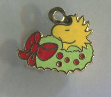 Vintage enamel SNOOPY charm WOODSTOCK sitting in CHRISTMAS WREATH