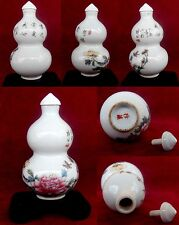 CHINESE   PORCELAIN  SNUFF BOTTLE RELIEF PAINTING  SIZE7.5x4.5x3.5cms LOT8984
