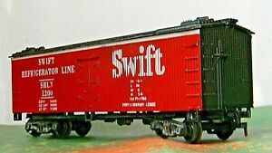 Varney Wood Boxcar ICE Reefer ~ Swift Refrigerator Line ~ Rd# SRLX 1200 - HO
