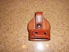 AKER LEATHER HANDCUFF HOLDER/CASE