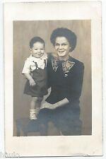 BM499 Carte Photo vintage card RPPC Femme enfant mode fashion lunette