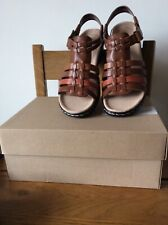 Clarks Brand New Ladies Sandles Size 5,5 Brown Leather