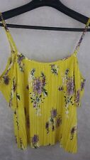 HIP XS Yellow Floral Open Shoulder Top *NWT*$42 Nordstrom