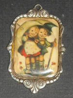 """HUMMEL GOEBEL ~ 1982 """"ars"""" edition ~ West Germany ~ Silver Plated Charm Pendant"""