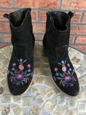 Black Embroidery Suede Booties EU 40 Pull On Chunky Heel Boots US 9 Aldo Limeira