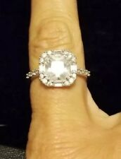 Lia Sophia Stunner Ring Size 9 NWOT