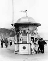 OLD TRAIN PHOTO Enquiry Office On Llandudno Seafront Wales 1929