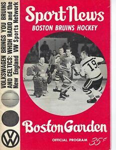 1964 hockey program Boston Bruins v Chicago Blackhawks Bobby Hull Stan Mikita VG
