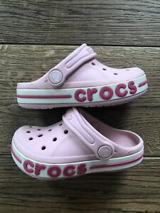 Mädchen Crocs, Badeschuhe, Rosa, Grösse C9, 25-26
