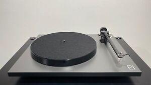 REGA Planar 1 CoolGrey Sonderfarbe zum Superpreis Plattenspieler mit Tonabnehmer