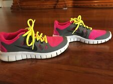 Girl's Nike Free 5.0 Size 4                       Excellent Condition!