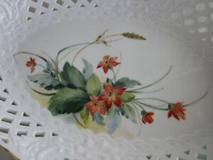 Schöne Meissen Korb-Schale mit Waldfrucht-Malerei