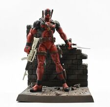 Diamond Select Toys - Marvel Select - Deadpool Collector Action Figure