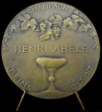 Médaille Champagne Henri Abelé & Saint Rémy bénit un tonneau 1917 Reims medal