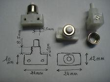 1 interrupteur à poussoir, écrou nickelé, bornes à vis, lampe de chevet