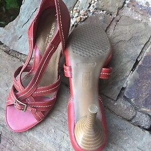 """6 M WHATS WHAT AEROSOLES RED OPEN TOE SHOES 3"""" Heels"""