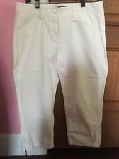 Authentic Theory Women's Off White Stretch Pocket Capri Jeans. Size 10