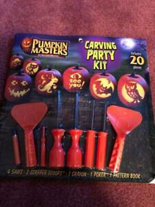 HALLOWEEN PUMPKIN MASTERS CARVING PARTY KIT 20 PIECES, NEW. 12 PATTERNS.