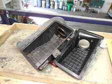 Jaguar S-Type 3.0 Air Filter Box and Housing. Good condition. No cracks.