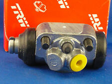 New OE Lucas Wheel Cylinder Right Rear Land Rover 88  BWL124