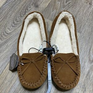 NWT Brown Leather Fuzzy Moccasin Slippers Indoor/Outdoor Slip on Shoes Soft Warm