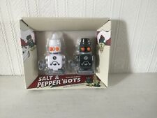 SUCK UK WIND-UP ROBOT SALT & PEPPER SHAKERS. BOXED,  NOT USED.