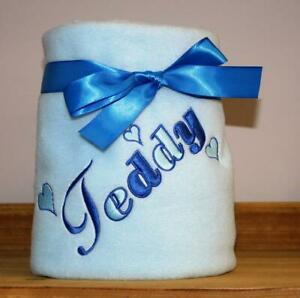 PERSONALISED PUPPY BLANKET.  DOG BLANKET. CAT BLANKET WITH YOUR PETS NAME