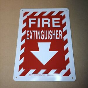 "FIRE EXTINGUISHER Sign plastic 14"" x 10"""