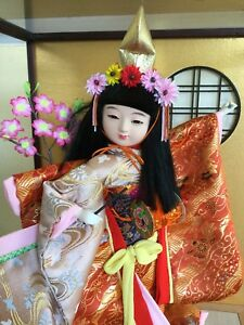 """Vintage Japanese Geisha Doll 16"""" Tall in Glass Case - MINT"""