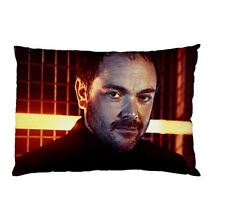 MARK SHEPPARD - CROWLEY SUPERNATURAL Throw bed pillow case 89618223
