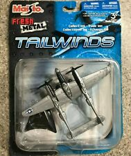 MAISTO TAILWINDS P38 Lightning DIECAST AIRPLANE With Stand Lockheed 15061