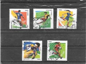 FRANCE 2016. FOOTBALL 10 GESTES.LOT DE 5 TIMBRES AUTOADHESIFS CACHETS RONDS