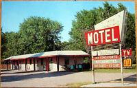 1950s Chrome Postcard: 'Lazy-J Motel - North Platte, Nebraska NE'