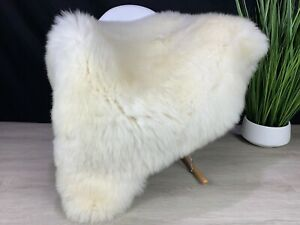 Gorgeous!!!  Icelandic Cream White Sheepskin Rug Pelt Genuine Seat Hide Natural