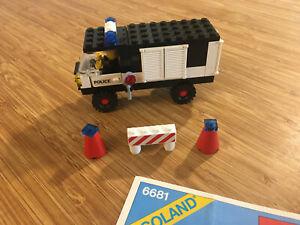 Lego City Town Set 6681 Police Van (1981).