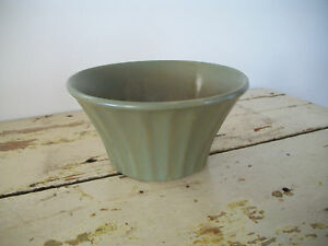 McCoy Econo-Line USA 502 Matte Green Vintage Flower Pot