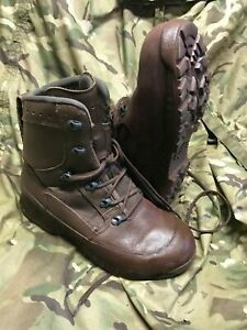 Genuine british issue brown high liability combat goretex haix boots!all sizes
