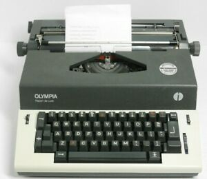Olympia Report de Luxe Electric Typewriter French QWERTY Tested Works Vintage