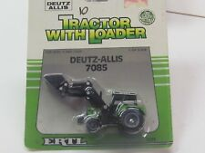 Deutz Allis 7085 w/loader, 1/64th,  NIP 1989 Issue