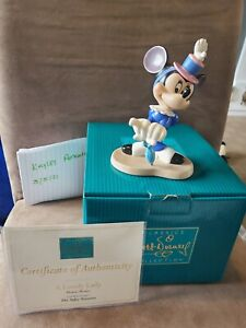 Walt Disney Classic Collection MINNIE MOUSE Lovely Lady