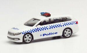 1/87 HO scale cars VW Passat Victoria Police General Duties.. Herpa.