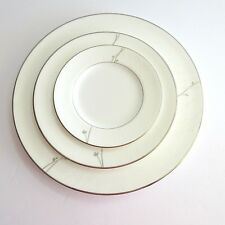 Waterford LISETTE China Dinnerware Place Plate Salad Dessert Bread and Butter