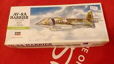 Hasegawa - AV-8A Harrier (U.S.M.C. Attacker) - Model Plastic Kit -1:72, 00240